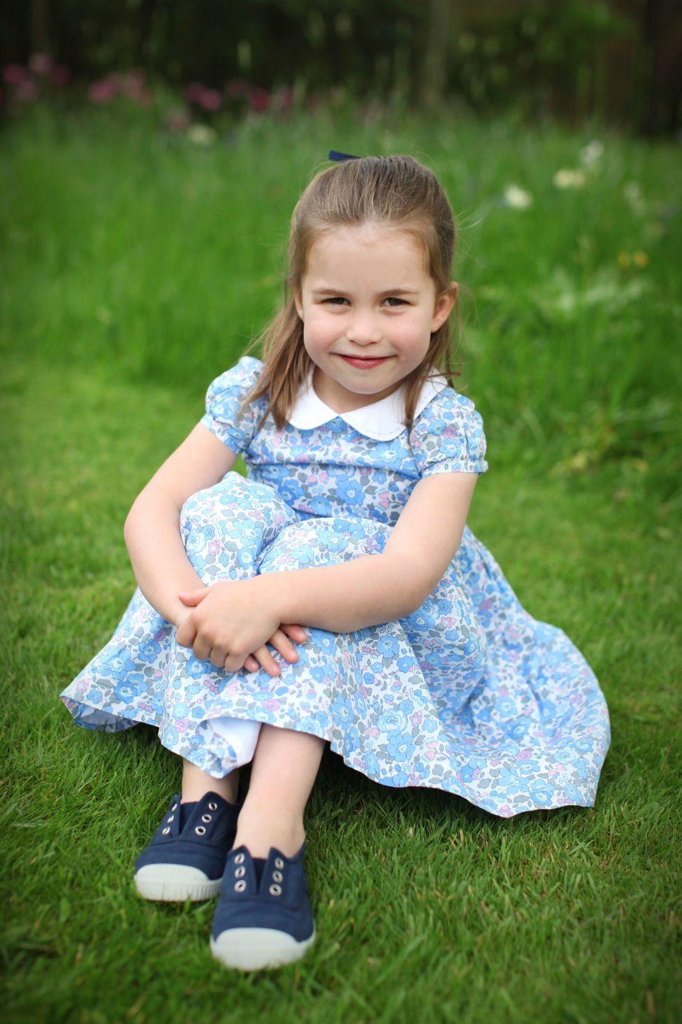 Princess Charlotte Photos Mark Fourth Birthday Bbc News