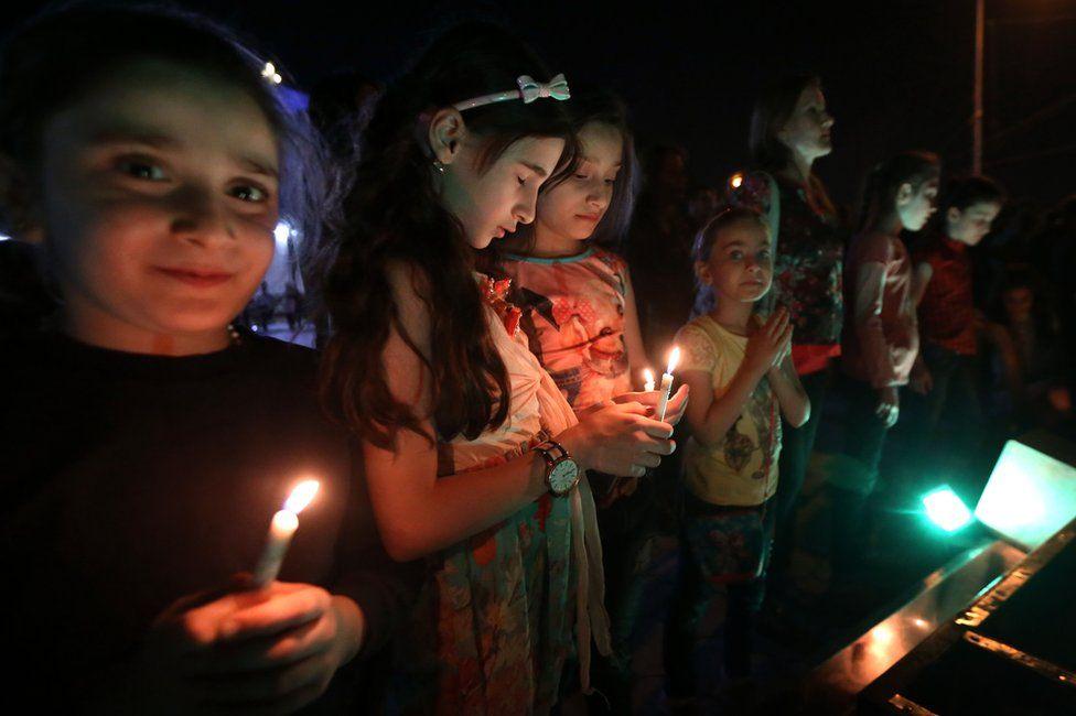 Iraqi Christians celebrate in Irbil, 18 October