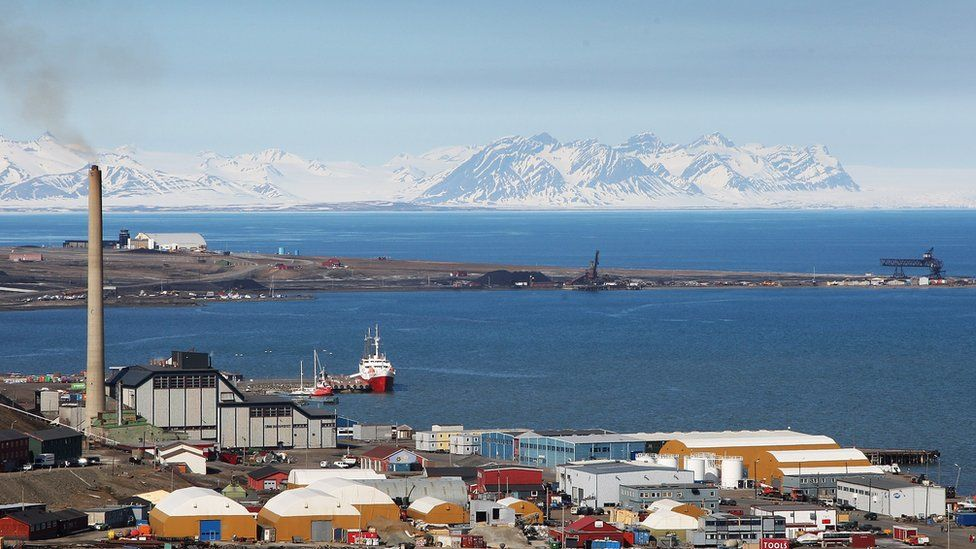 A general view of Longyearbyen harbour in June 2008