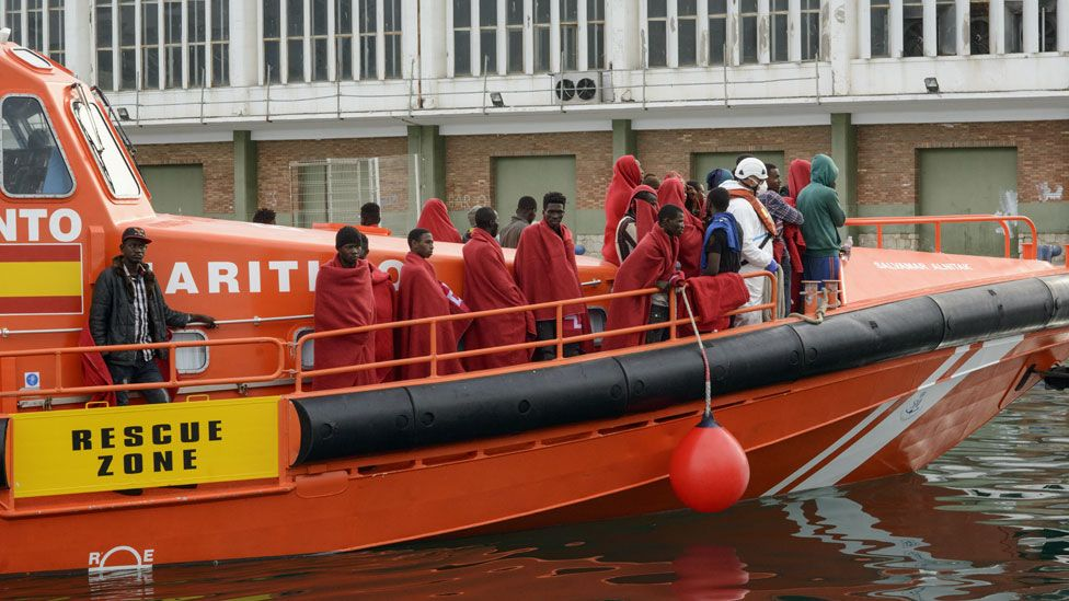 Migrants brought ashore in Spain