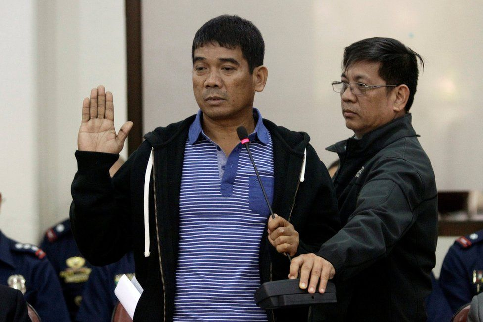 Ronnie Dayan, the former aide of Senator Leila de Lima, takes an oath during a Congressional committee hearing on illegal drugs trade, inside the National Penitentiary at the House of the Representatives in Quezon city, Metro Manila, Philippines 24 November 2016.