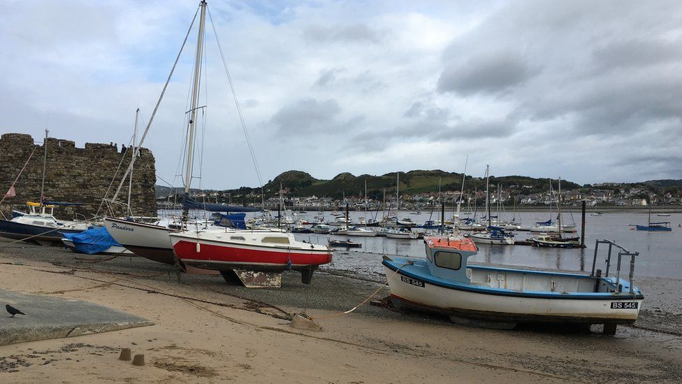 Moody view at Conwy Quay by Alan Jones