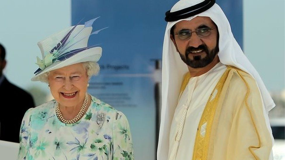 Queen Elizabeth and Sheikh Maktoum (file photo)
