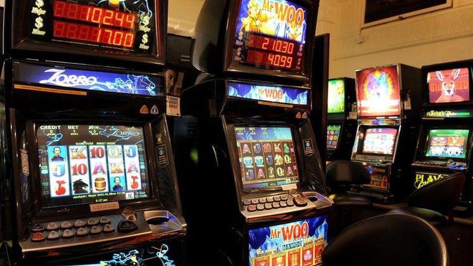 Slot machines in Australia (13 April 2011)