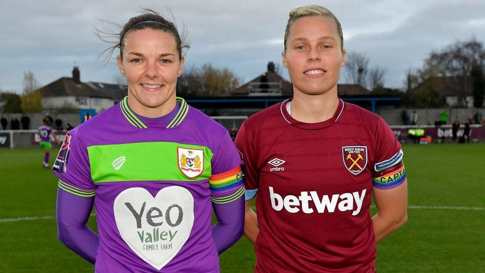 Loren Dykes of Bristol City and Gilly Flaherty of West Ham United