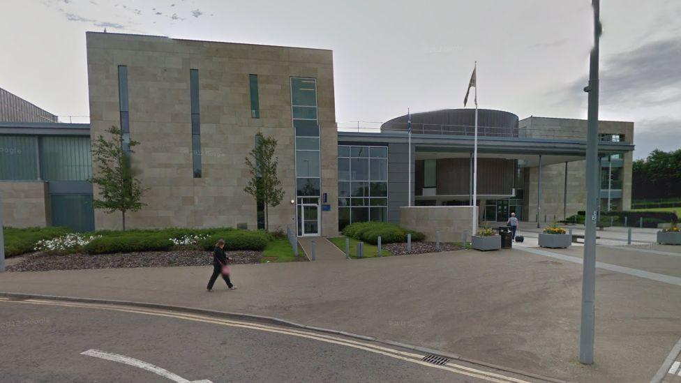 High Court in Livingston