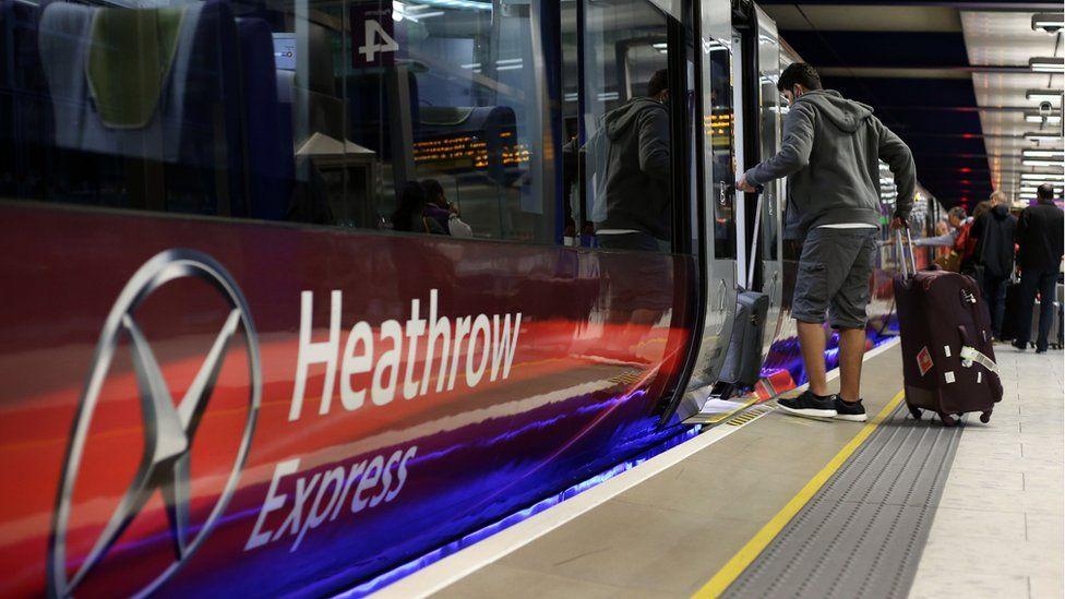 Heathrow Express train 2015