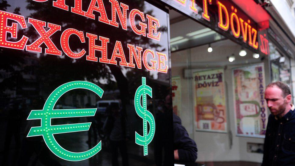 Dolar/TL kuru yeniden yükselişte: Kur şoku nedir, ekonomiyi nasıl etkiler?