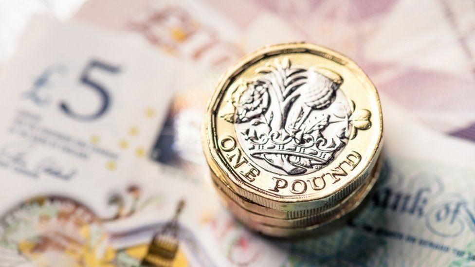 Pound's gains erased amid Brexit deal jitters