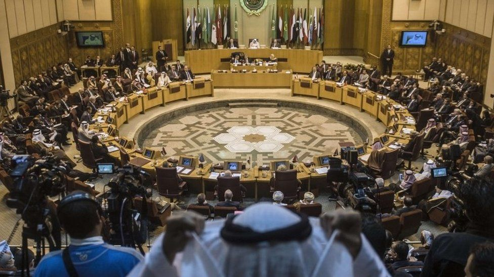 Arab League foreign ministers during an emergency meeting in the Egyptian capital Cairo (10 January 2016)