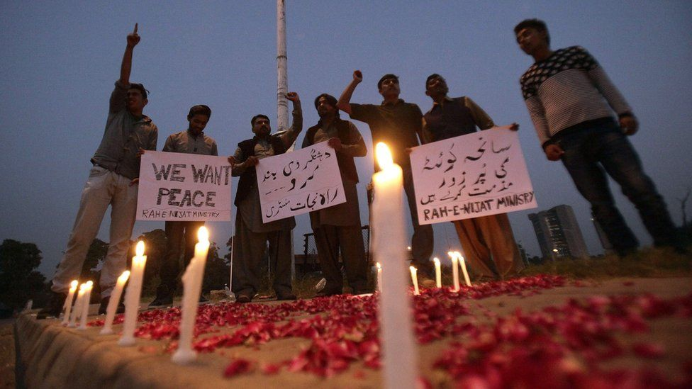 Vigil for peace after police academy attack, Quetta