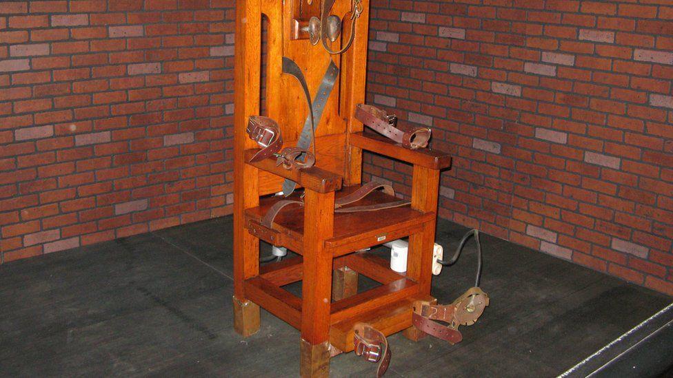 Os condenados que preferiram morrer na cadeira elétrica a tomar injeção letal nos EUA