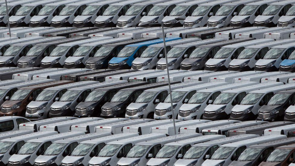 Vauxhall vans Luton