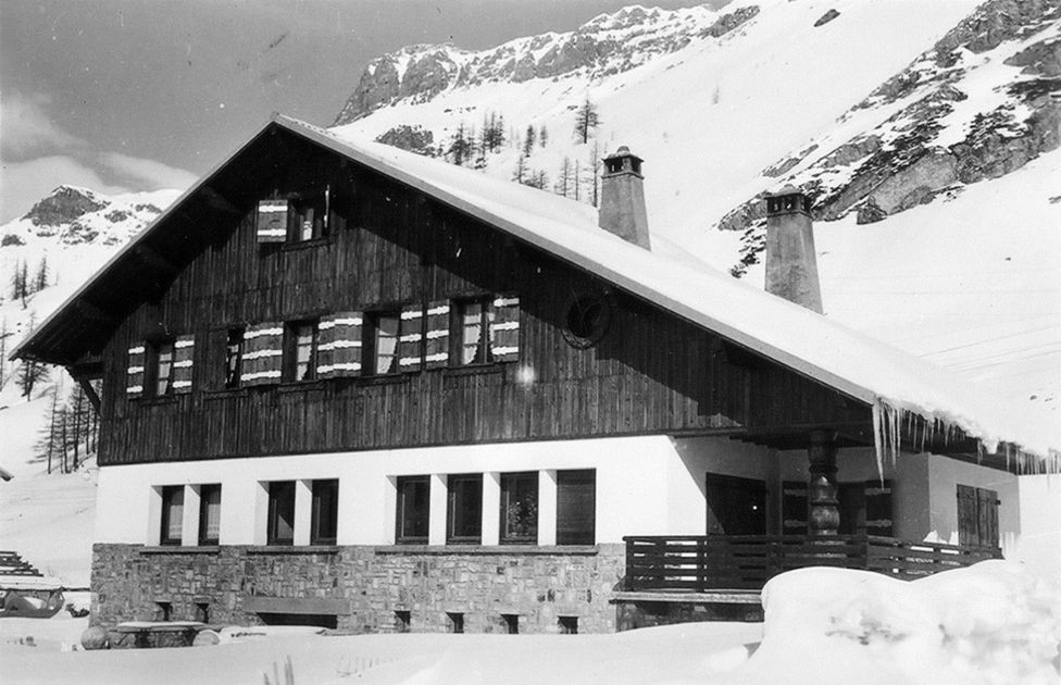 The Pétris' chalet on the main street in Val d'Isère