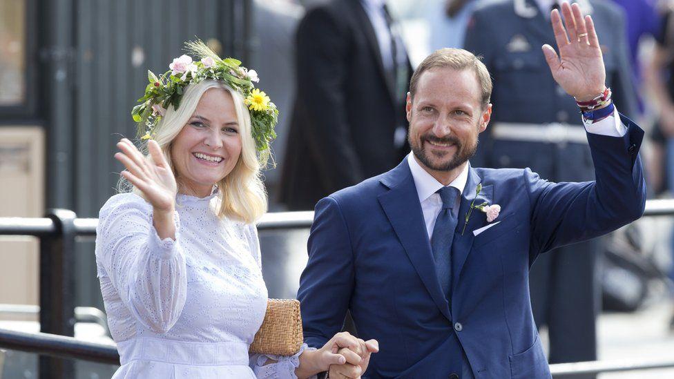 Наследник норвежского престола Хокон и Метте-Марит Тьессем Хёйби