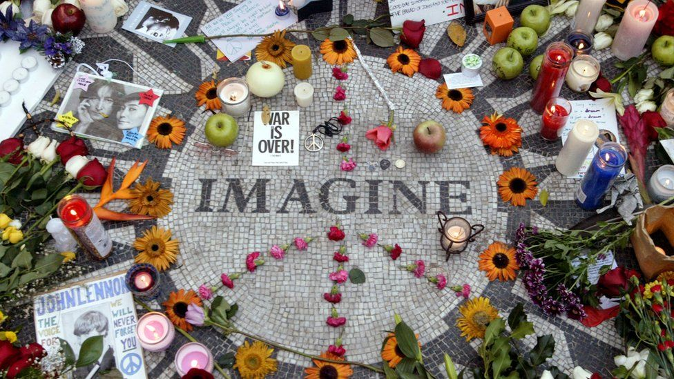 Fans honour John Lennon with a memorial in Central Park's Strawberry Fields in 2005