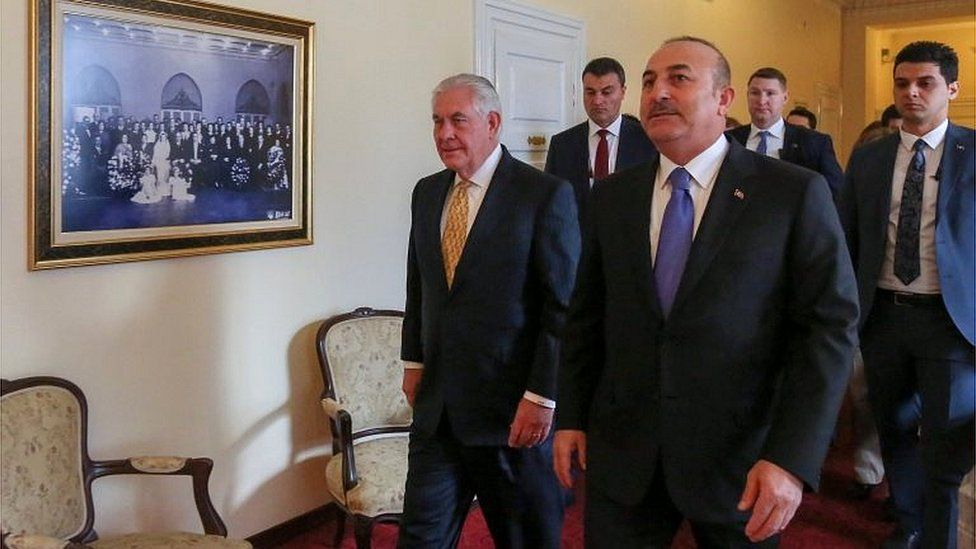 Rex Tillerson (left) and Mevlut Cavusoglu (16/02/18)