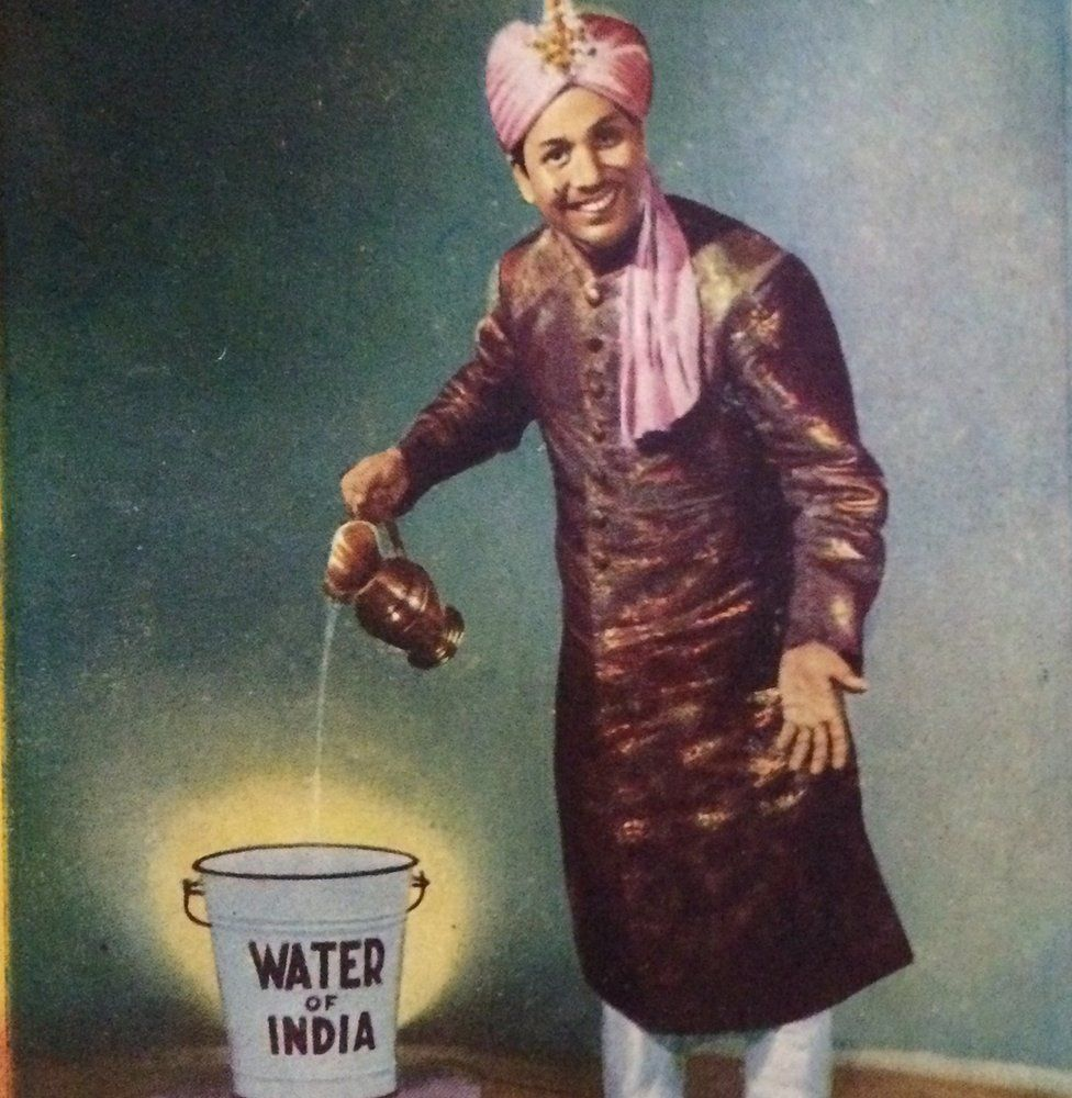 PC Sorcar performing the Water of India trick