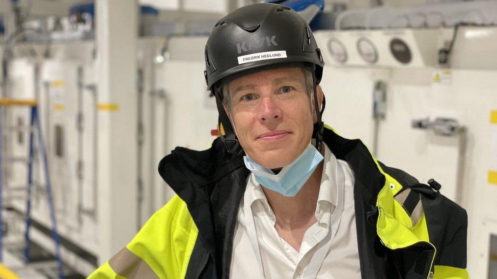Plant manager Fredrik Hedlund