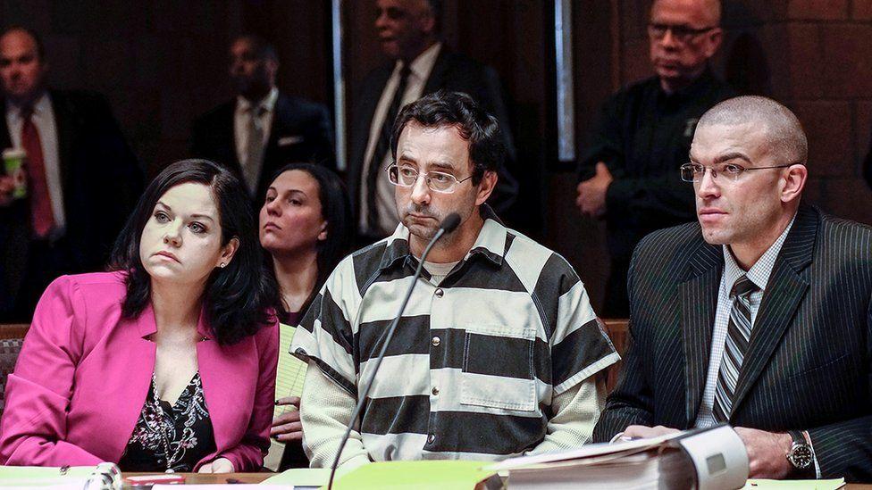 Larry Nasser, centre, appears in court 17 Feb 2017