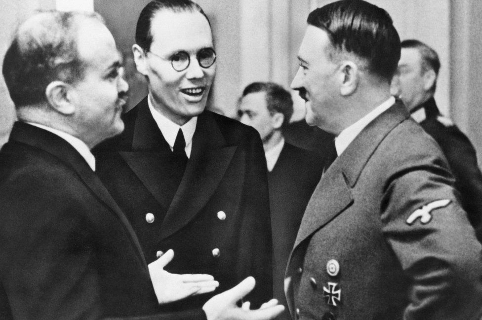Soviet Foreign Minister Vyacheslav Molotov (L) with Nazi dictator Adolf Hitler