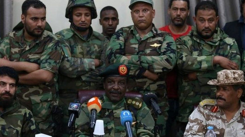 Libyan army special forces commander Wanis Bukhamada declares his support for Khalifa Haftar in Benghazi (19 May 2014)