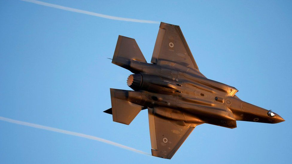 File photo showing an Israeli F-35 fighter jet flying over southern Israel (27 June 2019)