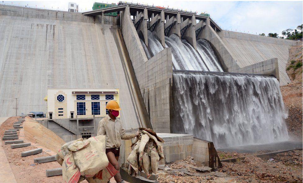 貢布省水電站大壩是中國投資興建的