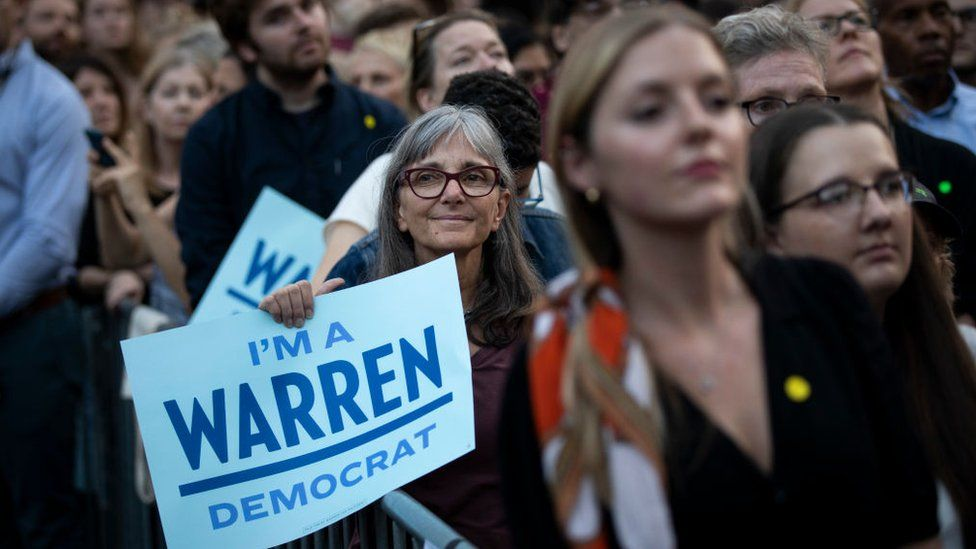 Warren supporters at her 16 September rally