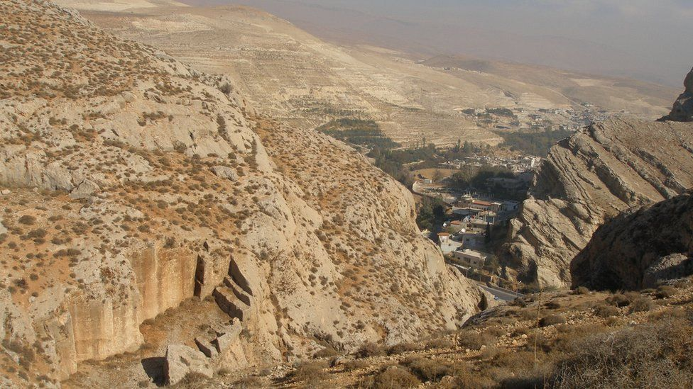 Wadi Barada and its villages in the valley