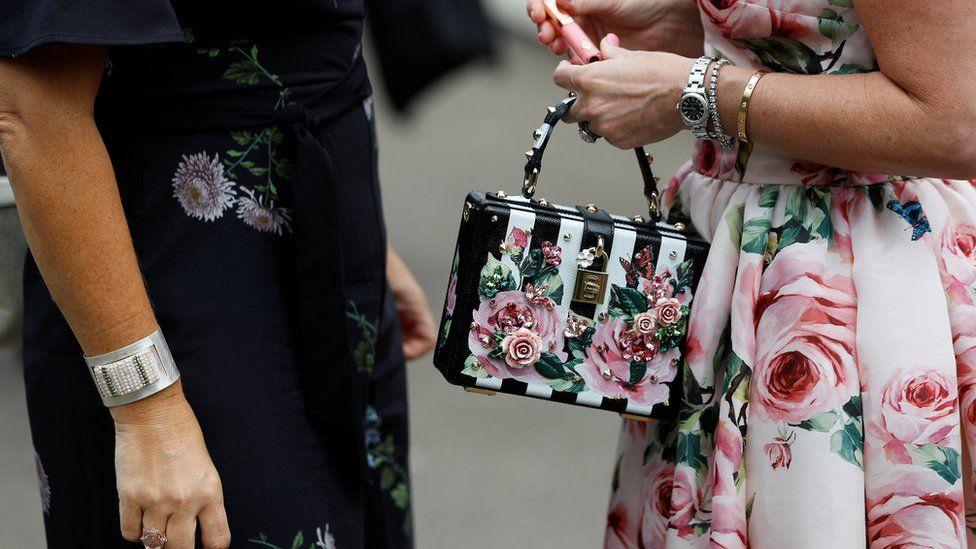 дамская сумочка с розами