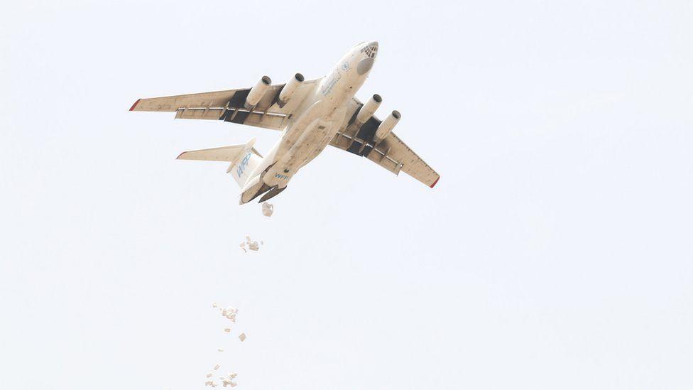 UK planes drop aid in South Sudan