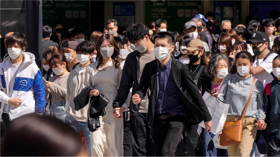 Coronavirus: Japan declares virus emergency in Tokyo as Olympics near thumbnail