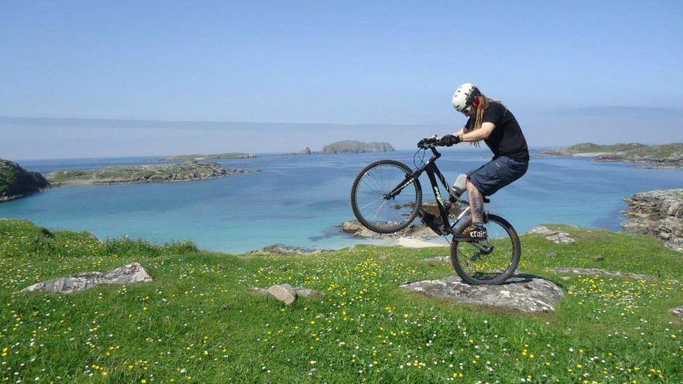 Andy Macleod on mountain bike