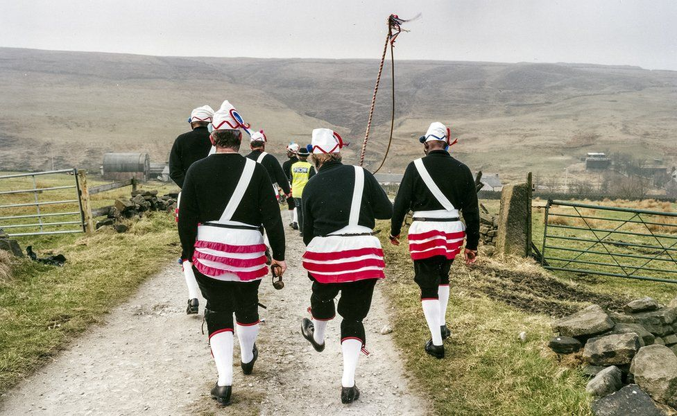 Brittania Coconut Dancers, Bacup