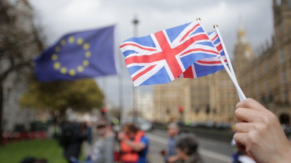 İngiltere'de Brexit senaryoları: Yarınki kritik oylamanın olası etkileri ne olacak?