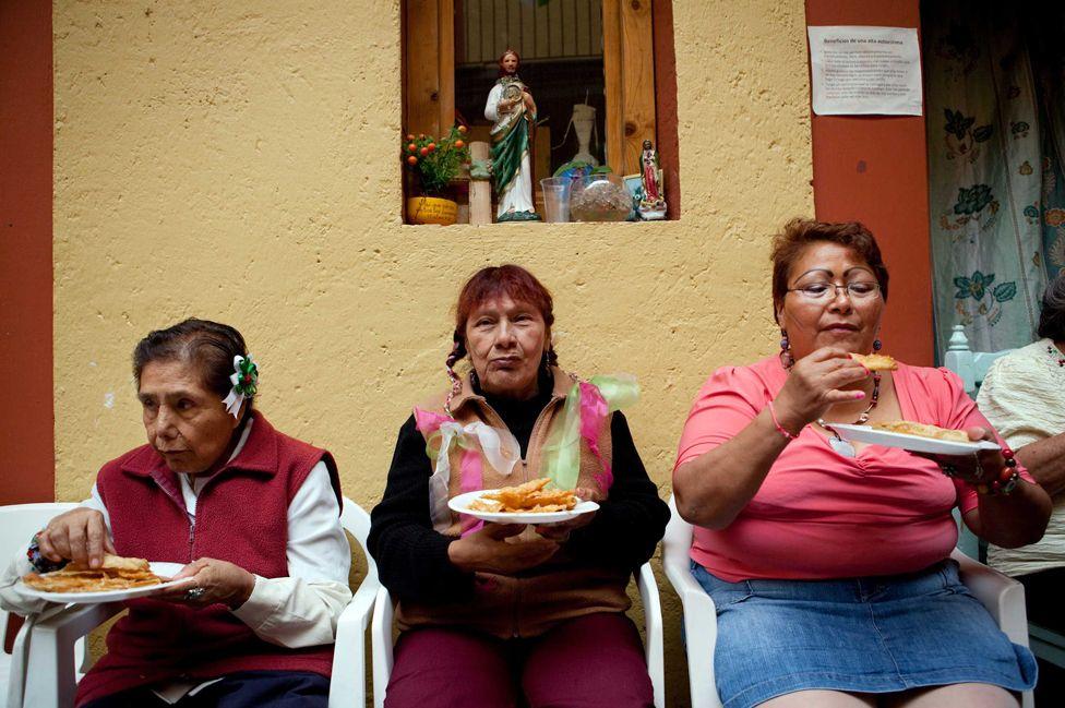 Residents of the Casa Xochiquetzal celebrate Mexico's Bicentennial Celebration - Aug 2013