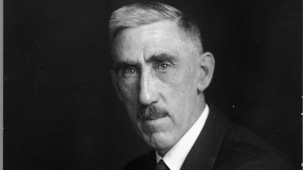 Sir Frank Gill