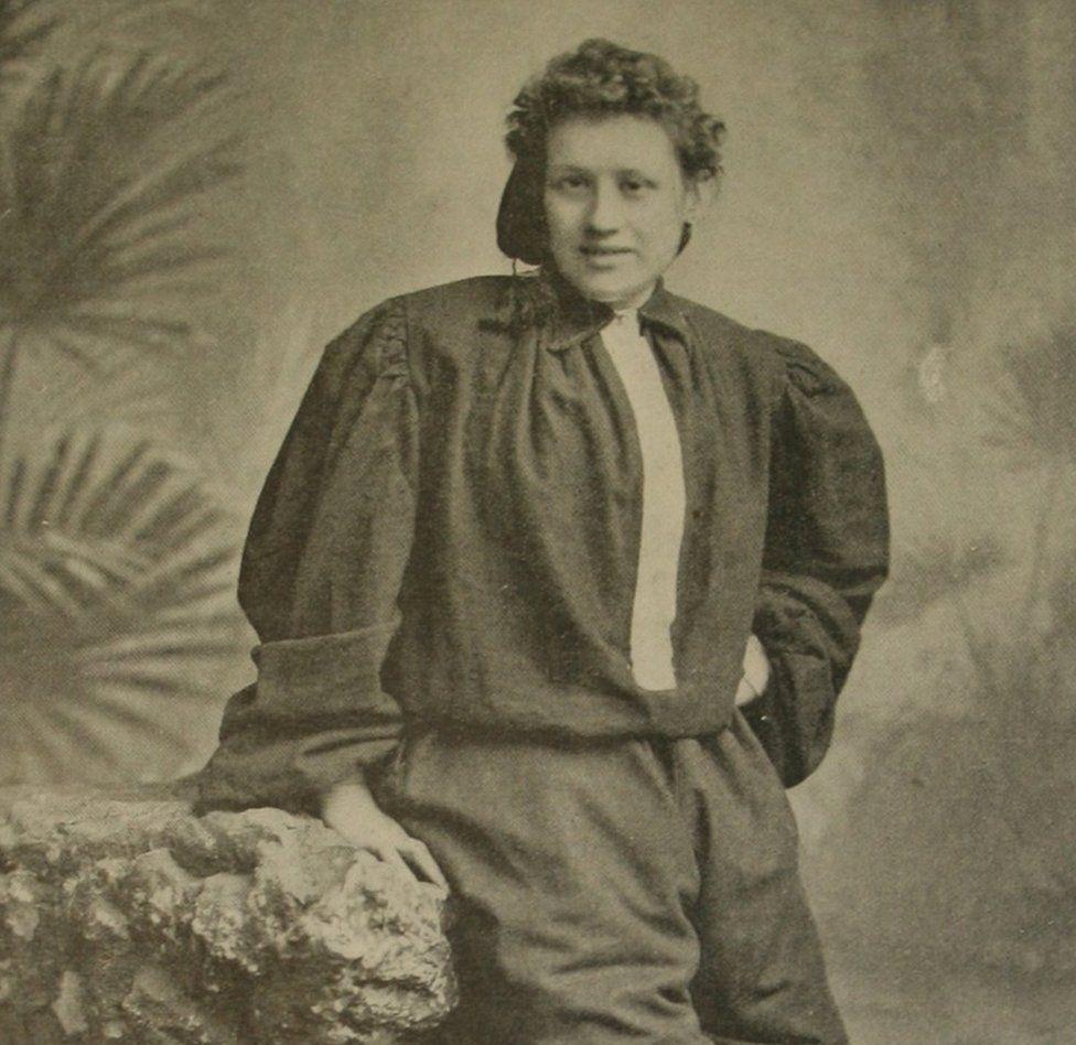 Nettie Honeyball