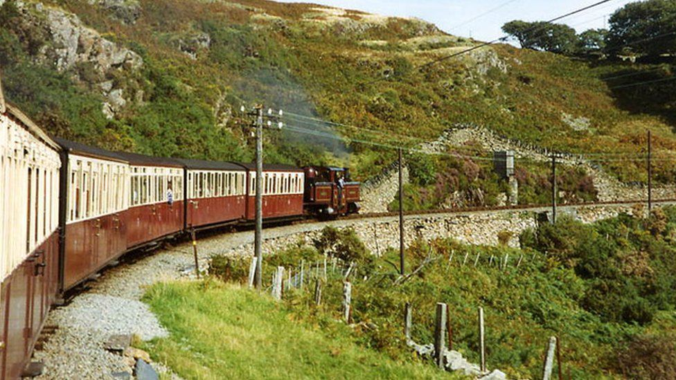 A train on Ffestiniog Railway