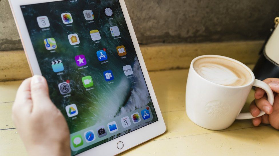 Scottish Borders councillor iPad and laptop costs questioned
