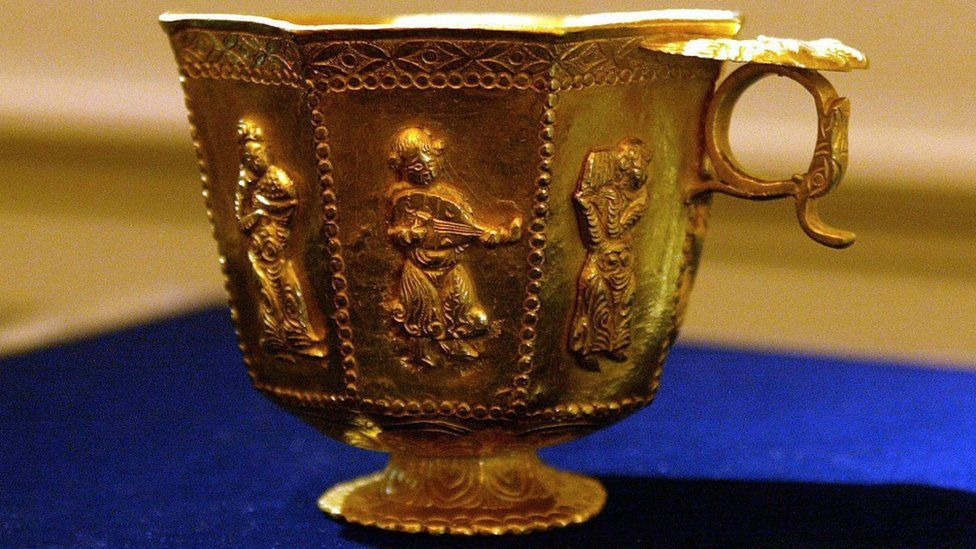 A Tang Dynasty gold cup