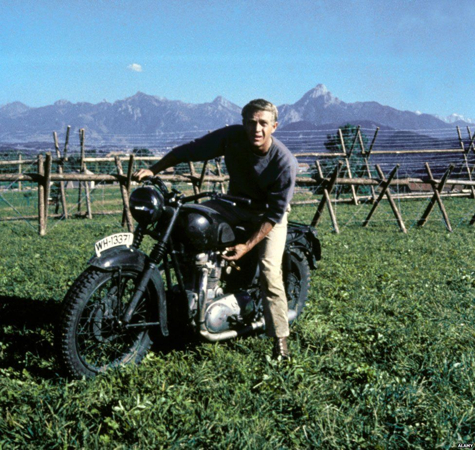 Steve McQueen in The Great Escape (Alamy)