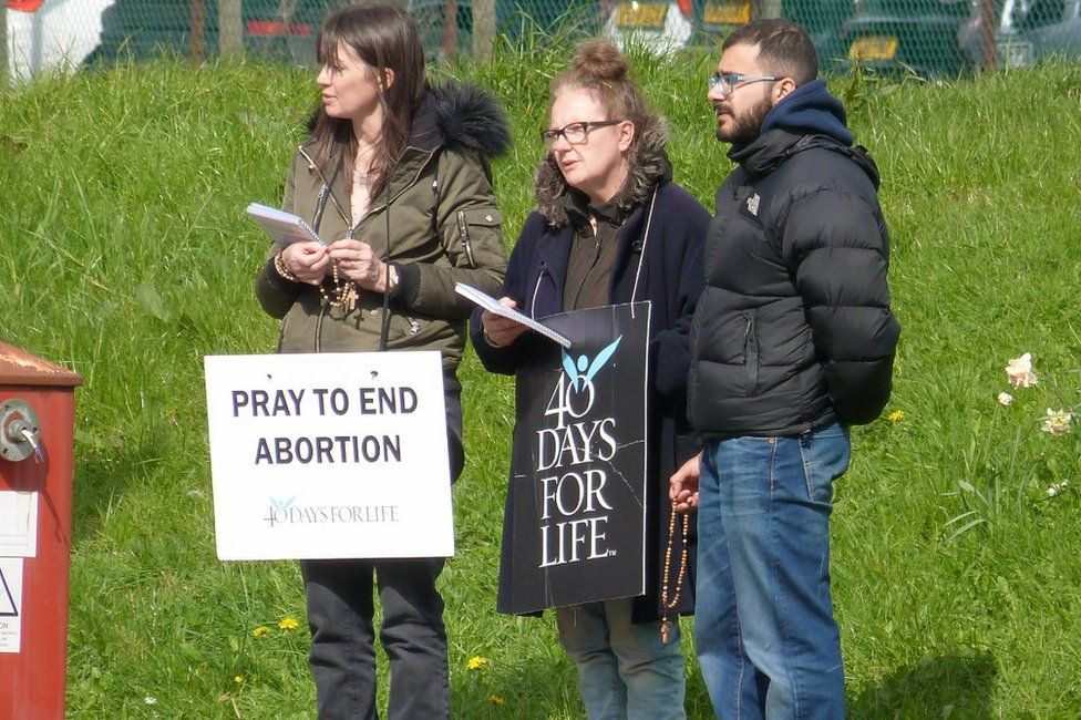 40 Days for Life activists in Nottingham during Lent in 2017
