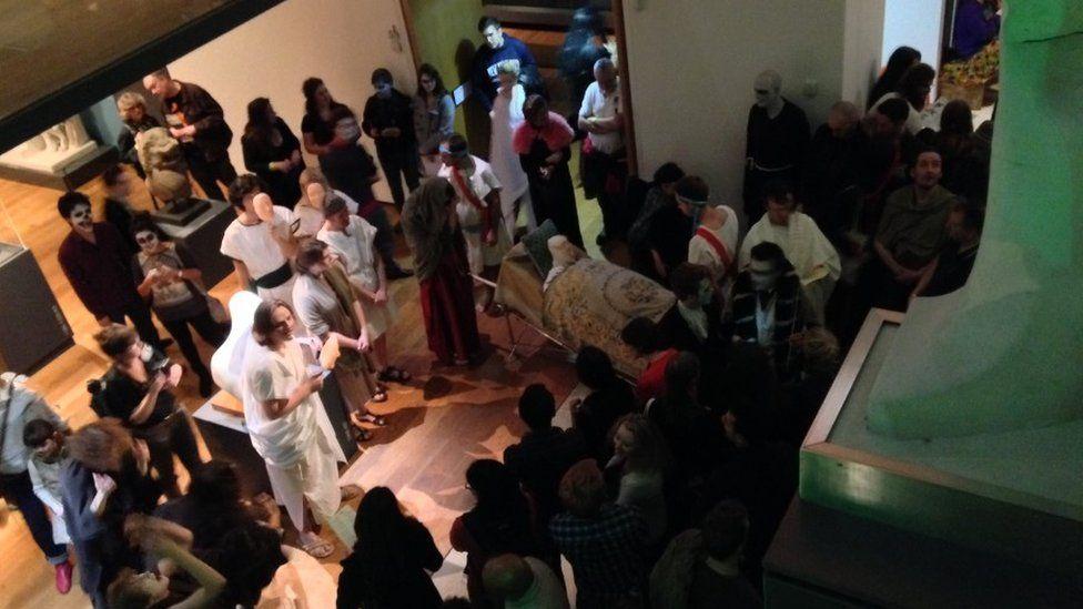 Roman tomb event