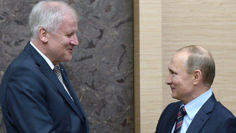 Bavarian leader Horst Seehofer (left) meets President Putin in Moscow, 3 Feb 16