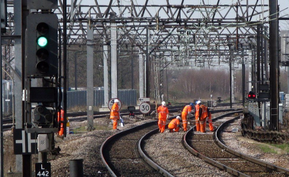 Train delays because of UK cable thefts soar, says Network Rail