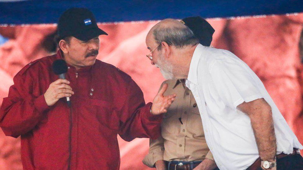 """La renuncia de Rafael Solís Cerda, el juez de la Corte Suprema de Nicaragua que acusa a Daniel Ortega de crear un """"Estado de terror"""""""
