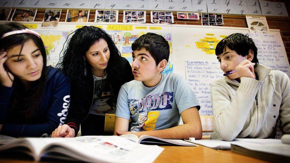Iraqi children at a Swedish school