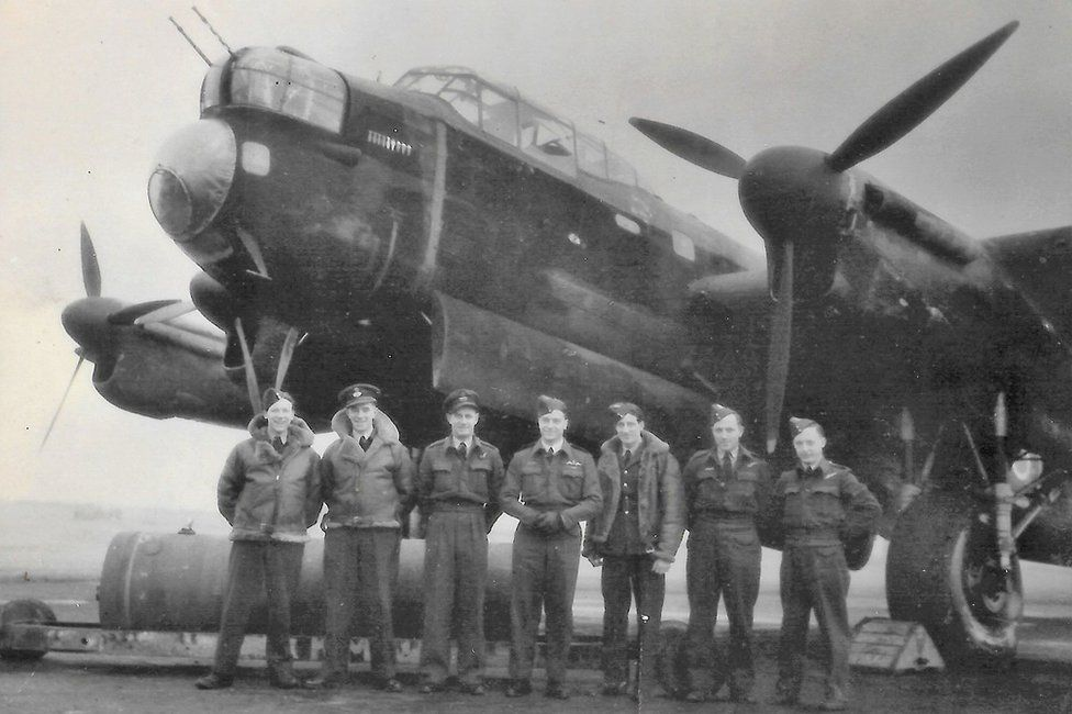 Harry Irons and his crew in September 1942